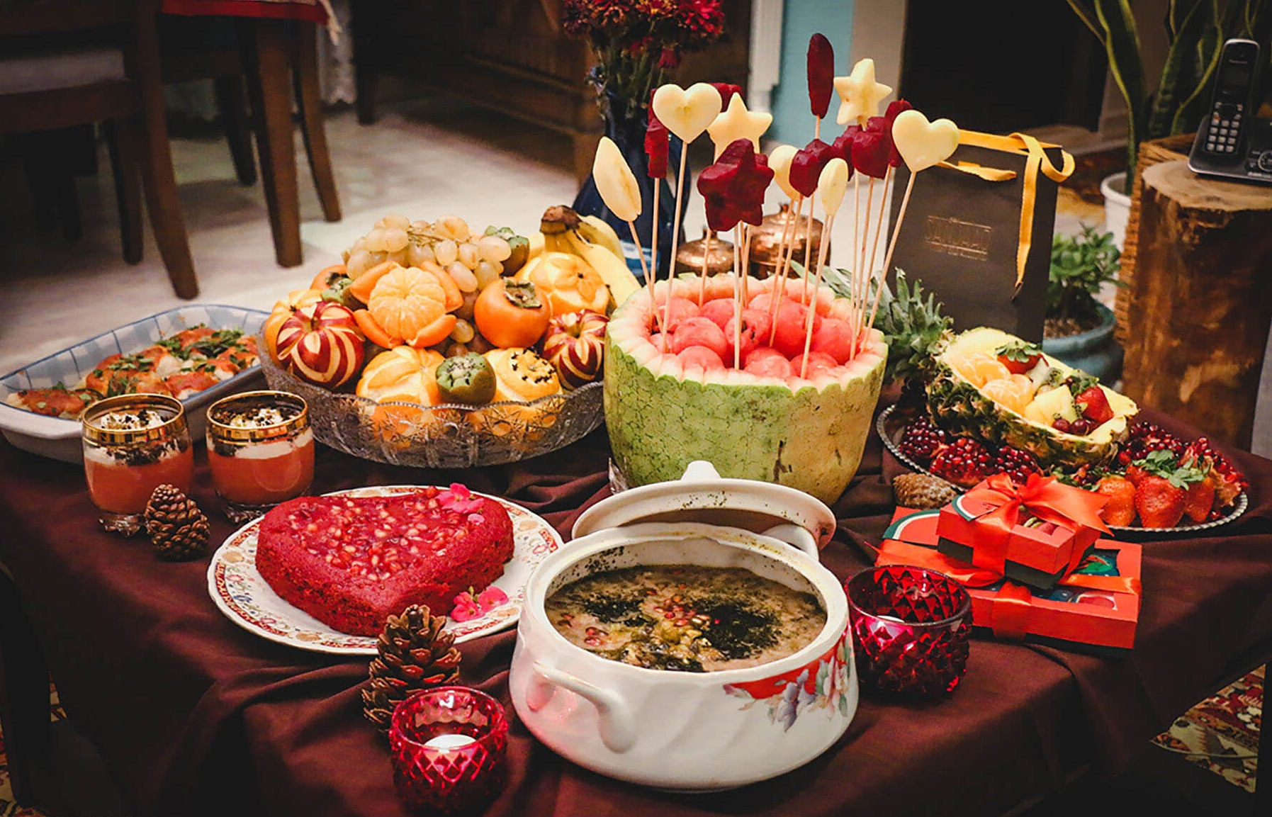 Yalda Decoration